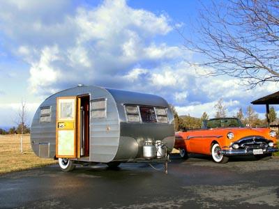 美国人的生活故事:复古房车