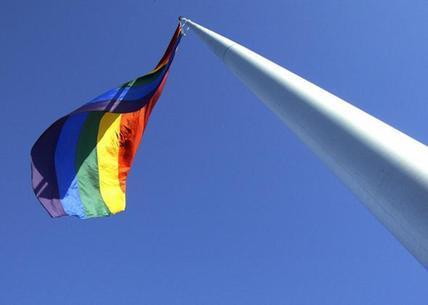 """同性恋人群在职场遭遇的""""彩虹屋顶"""""""