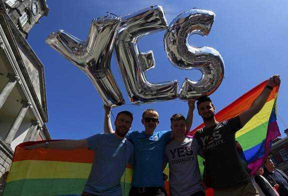 """爱尔兰""""同性婚姻""""合法化"""