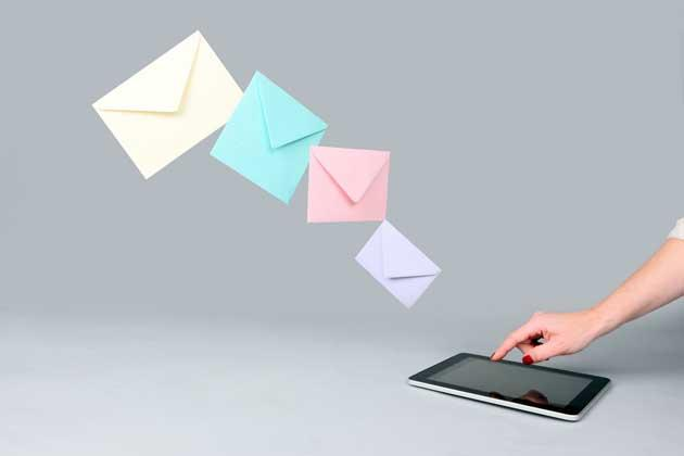 职场英语:邮件中的十个单词 暴露你的不自信