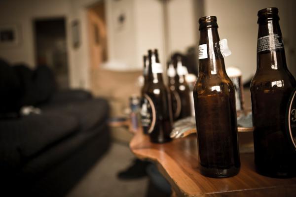 研究警告说,美国人正在酗酒至死