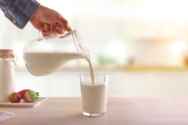 研究发现,喝低脂牛奶可以延缓衰老过程