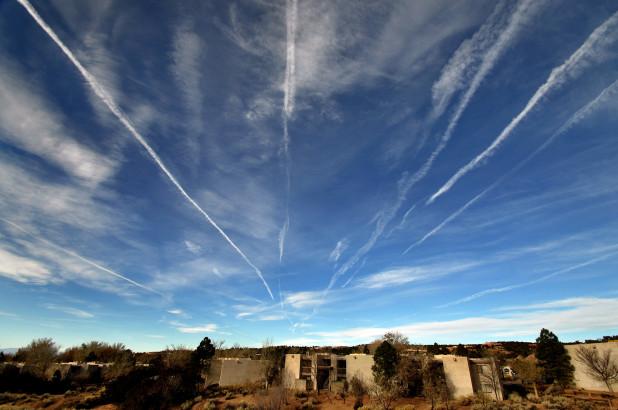 摆脱飞机尾迹可以帮助拯救地球