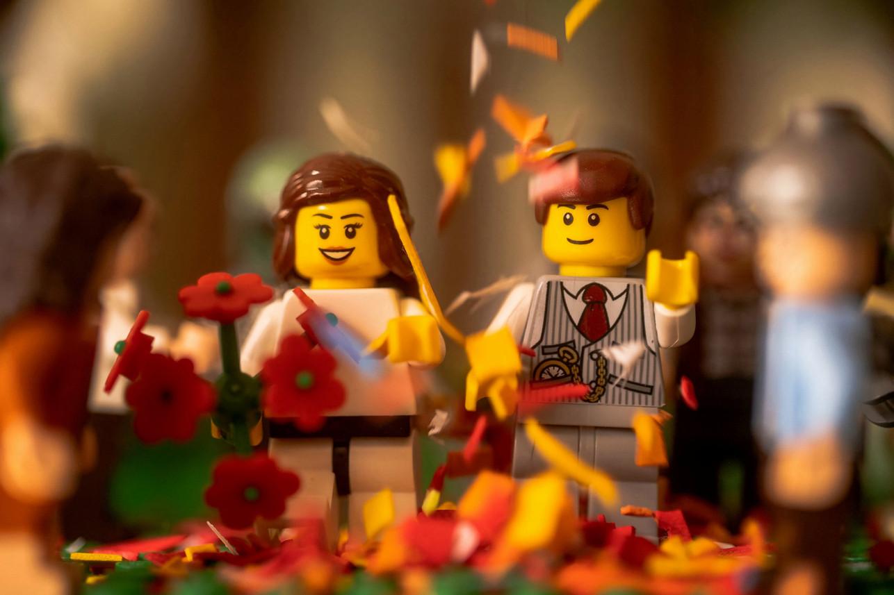 英國攝影師拍了一組樂高婚禮