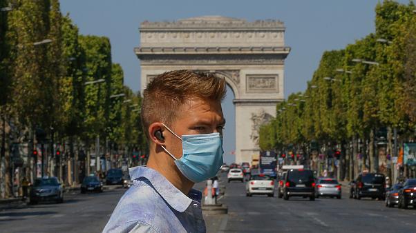 巴黎推户外强制口罩令