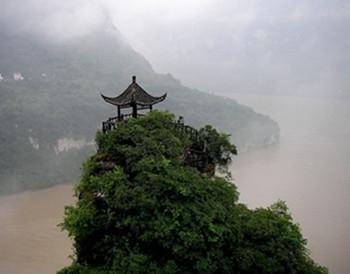 三峡多奇景妙笔夺天工