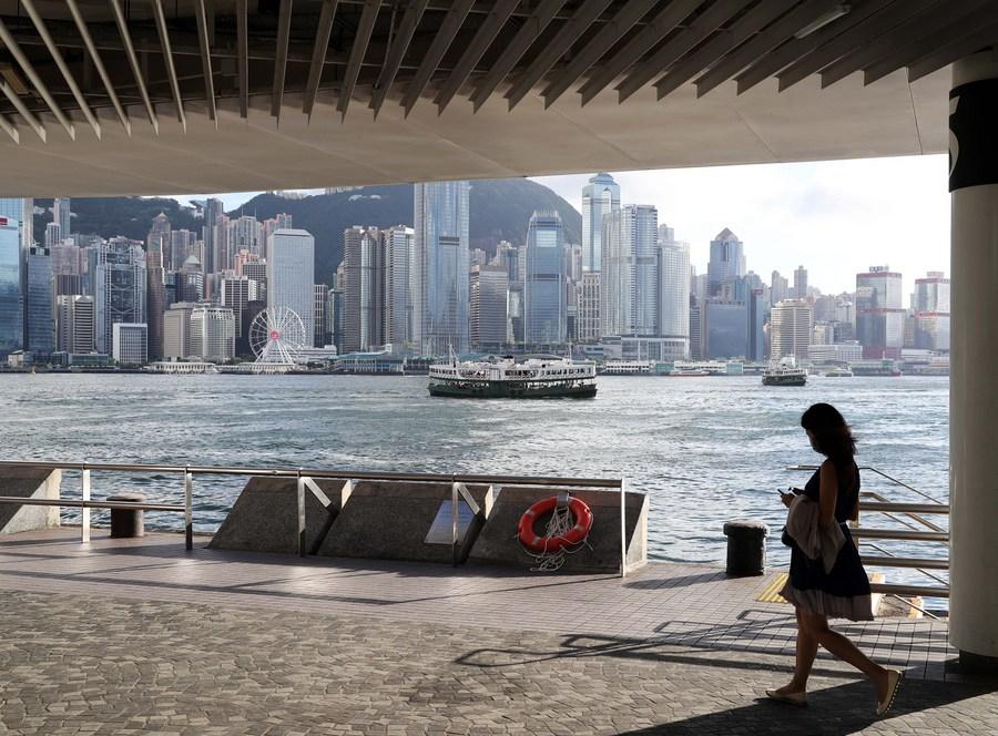 中方决定香港特区暂停港加、港澳、港英《移交逃犯协定》和《刑事司法互助协定》
