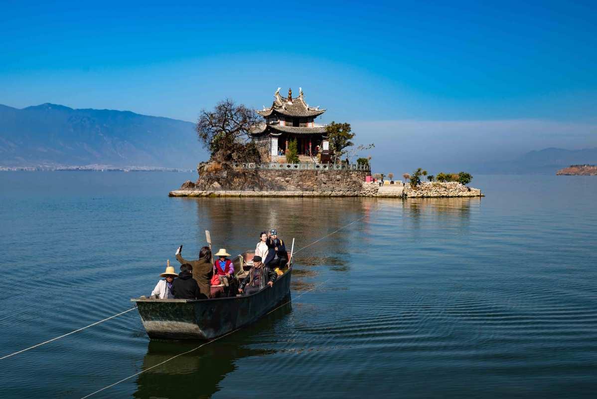 每日一词∣互联网+旅游 internet plus tourism